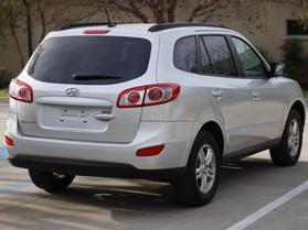 2012 Hyundai Santa Fe Gls Sport Utility 4d  Nta-122972 - Image 8