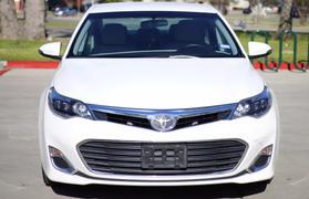2015 Toyota Avalon Xle Premium Sedan 4d  Nta-163069 - Image 2