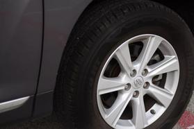 2011 Toyota Highlander Sport Utility 4d  Rnd-028474 - Image 10