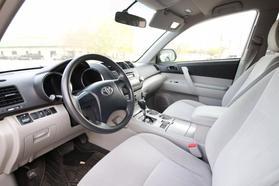 2011 Toyota Highlander Sport Utility 4d  Rnd-028474 - Image 11