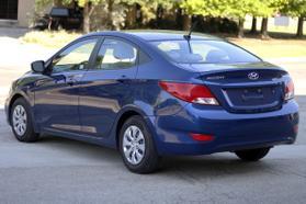 2017 Hyundai Accent Se Sedan 4d  Rnd173794 - Image 6