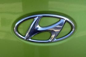 2010 Hyundai Genesis Coupe 2.0t Premium Coupe 2d  Rnd031188 - Image 10