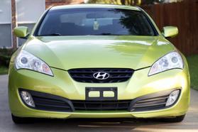 2010 Hyundai Genesis Coupe 2.0t Premium Coupe 2d  Rnd031188 - Image 2