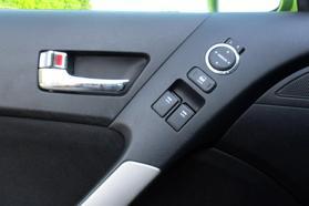 2010 Hyundai Genesis Coupe 2.0t Premium Coupe 2d  Rnd031188 - Image 26