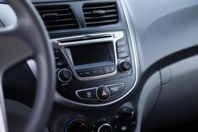 2017 Hyundai Accent Se Sedan 4d  Rnd173794 - Image 17