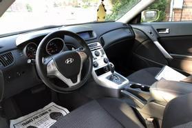 2010 Hyundai Genesis Coupe 2.0t Premium Coupe 2d  Rnd031188 - Image 16