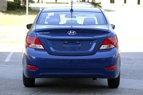 2017 Hyundai Accent Se Sedan 4d  Rnd173794 - Image 7