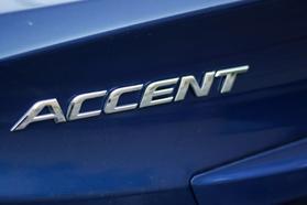 2017 Hyundai Accent Se Sedan 4d  Rnd173794 - Image 11