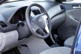 2017 Hyundai Accent Se Sedan 4d  Rnd173794 - Image 13