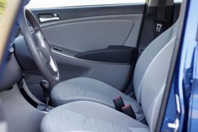 2017 Hyundai Accent Se Sedan 4d  Rnd173794 - Image 20