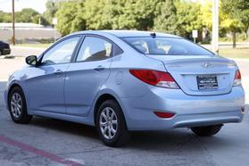 2014 Hyundai Accent Gls Sedan 4d  Nta-654771 - Image 2