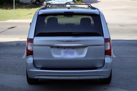2012 Chrysler Town & Country Touring Minivan 4d  Rnd158285 - Image 7