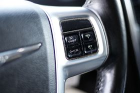 2012 Chrysler Town & Country Touring Minivan 4d  Rnd158285 - Image 24