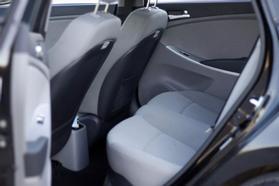 2014 Hyundai Accent Gs Hatchback 4d  Rnd192600 - Image 14