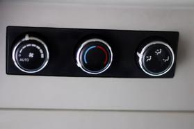 2012 Chrysler Town & Country Touring Minivan 4d  Rnd158285 - Image 43
