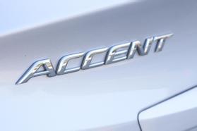 2014 Hyundai Accent Gls Sedan 4d  Rnd721001 - Image 9