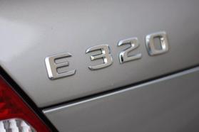 2006 Mercedes-benz E-class E 320 Cdi Sedan 4d  Rnd970322 - Image 13