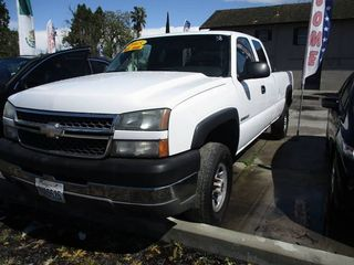 2005 CHEVROLET SILVERADO 2500 HD EXTENDED CAB PICKUP 4D 8 FT