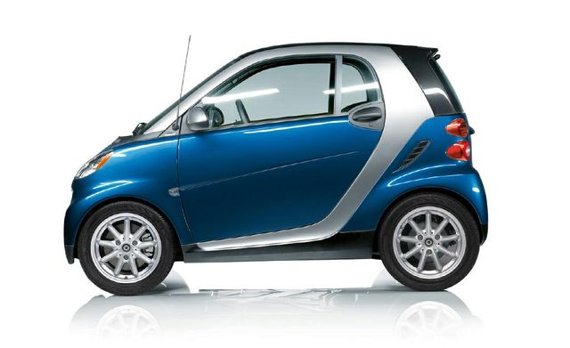 2008 Smart fortwo Pure Hatchback Coupe 2D: 2008 smart fortwo, BLUE with 99656 Miles available now!