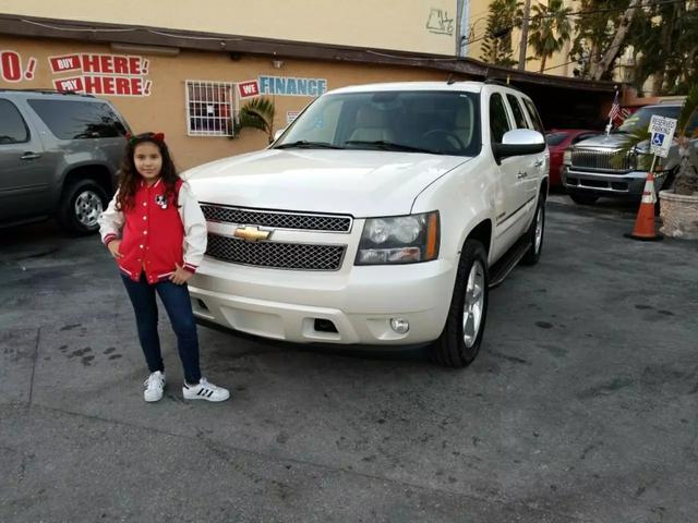 2008 Chevrolet Tahoe LTZ Sport Utility 4DMiles 178985 Color Pearl white Stock 232422 VIN 1G